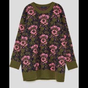 Zara Oversized Knit Heavy Sweater Size Medium